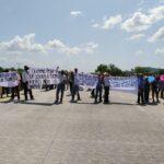 Ejidatarios se manifiestan en carretera Internacional